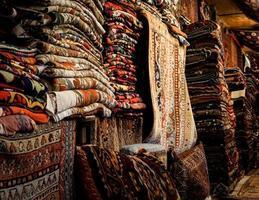 montones de alfombras