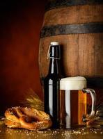 cerveja e pretzel