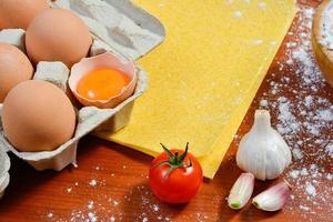 fideos de huevo foto