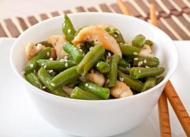 Salad of green beans with chicken in Chinese style