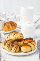 Puff pastry rolls with chocolate