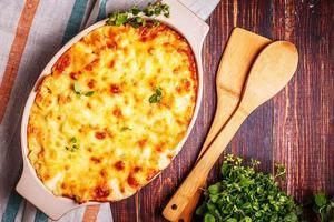 Maccheroni al formaggio cotti al forno