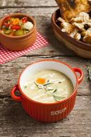 Vegetable cream soup with broccoli