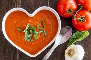 sopa de tomate caseiro fresco