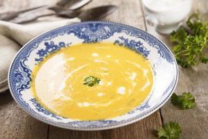 sopa de zanahoria foto