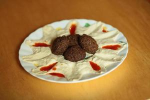 hummus y falafel foto