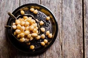 Grains of raw chickpeas photo