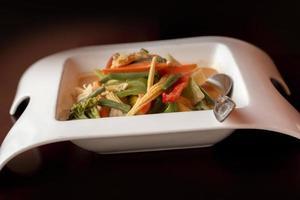 pollo al curry rojo tailandés foto