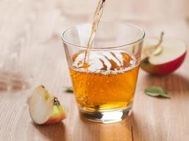 apple juice photo