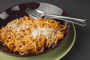 espaguetis a la boloñesa foto