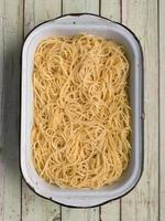 spaghetti pasta noodle photo