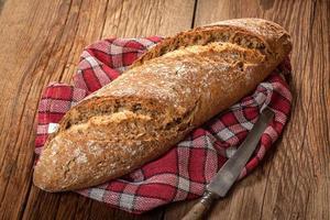 hogaza de pan fresco. foto