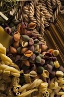 diverse zelfgemaakte droge Italiaanse pasta
