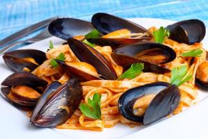 pasta with mussels seafood photo