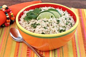 arroz basmati con cilantro y lima