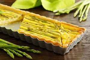 Pie with asparagus.