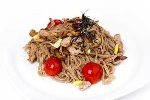 Buckwheat noodles with pork