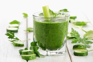 batido verde saludable foto