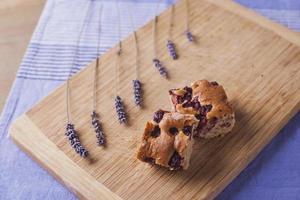 pastel de cereza al horno casero foto
