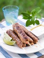 kebab de carne picada