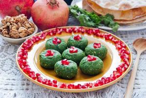 espinafre pkhali