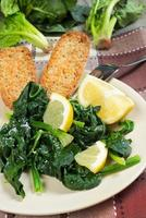 spinach with lemon