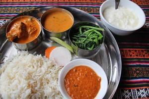 nepalese maaltijd, thali