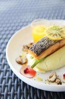 salmon steak photo