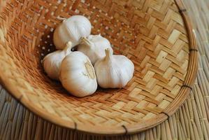 Garlics on pallet photo