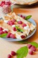 Crepe raspberry