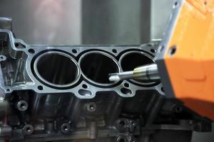 Production of automotive engine photo