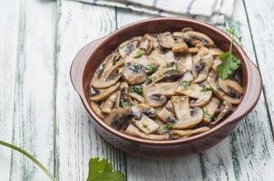 Garlic mushrooms series 09 photo
