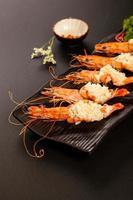 Mashed garlic prawns photo