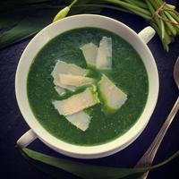 wild garlic soup with Parmesan