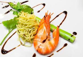Noodle with shrimp