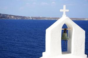 campana en el mar foto