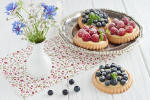 Blueberry and raspberry tartlets