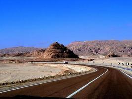 viaje por carretera en el monte sinaí foto