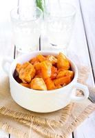 pechuga de pollo agria y dulce foto