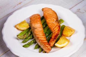 Broiled Salmon and Asparagus photo