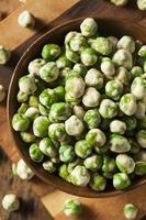 Homemade Dry Spice Wasabi Peas photo