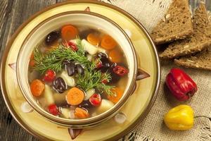 sopa vegetariana de frijoles foto