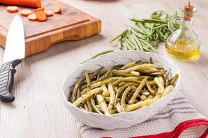 green beans in salad