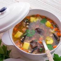 krupnik - sopa de cebada perlada polaca