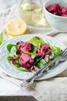 salada de beterraba com rúcula