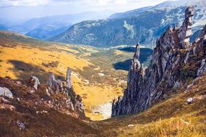 paisaje de montañas hermosas