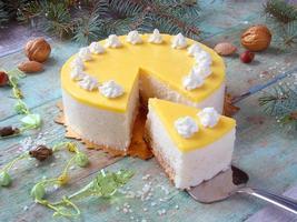 pastel con crema de piña foto