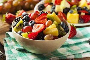 Ensalada de frutas orgánicas heallthy foto
