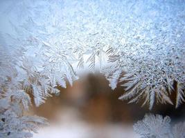 janela de inverno congelado