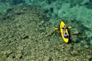 caiaque em tandem no mar